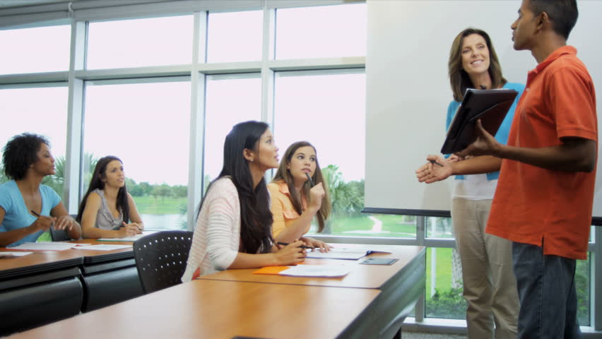 required classes for college Business core classes all bba students, regardless of their major field of study, are required to take the 33-credit-hour business core these courses are foundational prerequisites to other higher-level courses in each area.